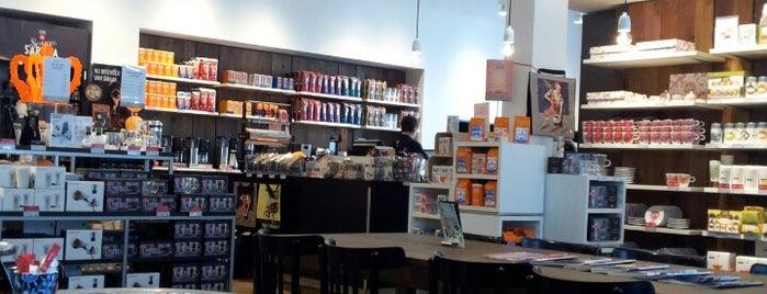 Douwe Egberts Café is one of Tempat yang Disukai Iris.