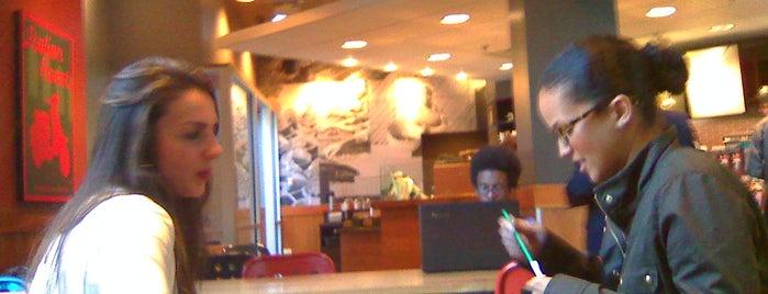 Starbucks is one of Locais salvos de Gardenia.