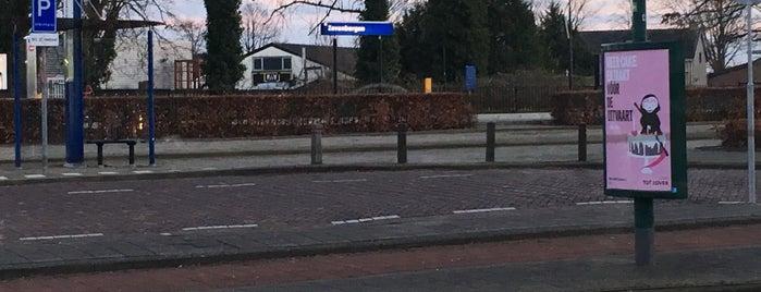 Bushalte Station Zevenbergen is one of Orte, die Kevin gefallen.