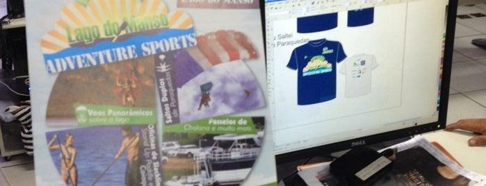 Stamp Camisetas is one of Orte, die Carolina gefallen.