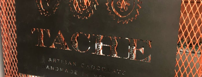 Tache Artisan Chocolate is one of NYC's Best Cafés&Pastries 🍰🍮🍪☕️.