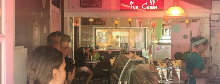 Susie's Scoops Ice Cream & Frozen Yogurt is one of Incline Villiage.