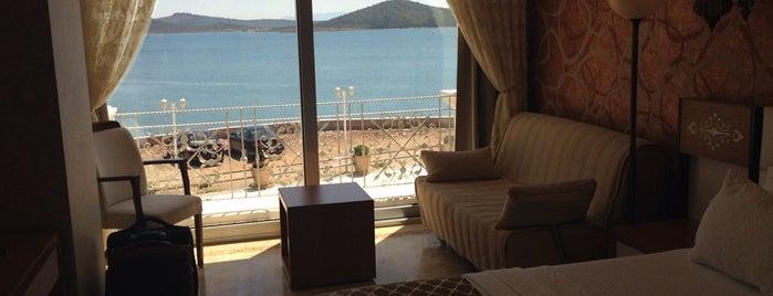 Cunda Kıvrak Butik Otel is one of İzmir.