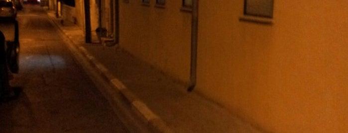 בית הכנסת נווה צדק is one of Around Neve Tsedek | טיול בשכונת נווה צדק.