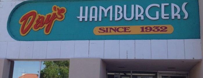 Day's Hamburgers is one of Orte, die Salaam gefallen.