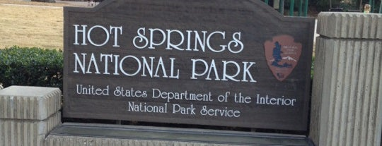 Hot Springs National Park is one of Mikeさんのお気に入りスポット.