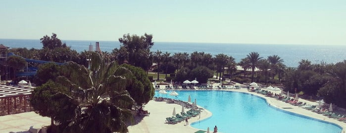 Green Max Hotel is one of ••GöKaY YLMZ•• : понравившиеся места.