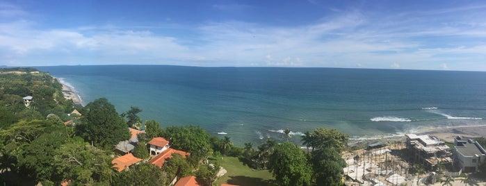 Playa Riomar is one of สถานที่ที่ Polina ถูกใจ.