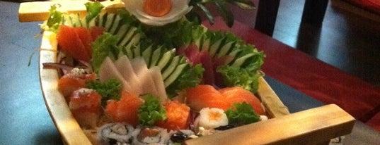 Hayashi Sushi is one of Lieux qui ont plu à Fabio.