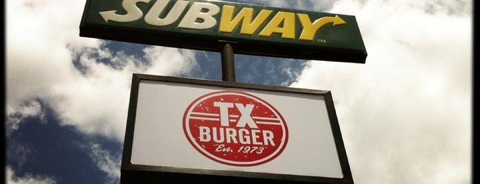 Texas Burger / SUBWAY is one of Lieux qui ont plu à Bobby.