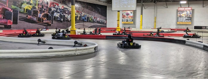 Autobahn Indoor Speedway & Events is one of Lieux qui ont plu à Chris.