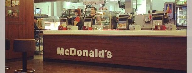 McDonald's is one of Алёна 님이 좋아한 장소.