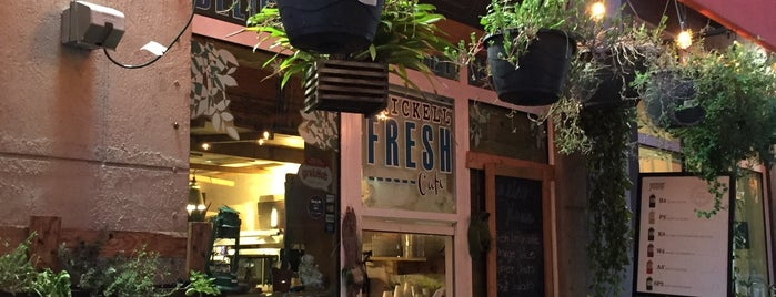 Brickell Fresh Cafe is one of Lieux qui ont plu à Kerstin.