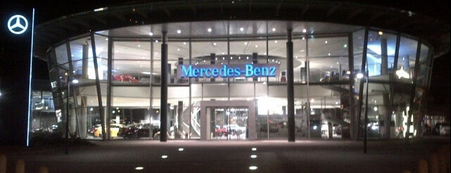 Mercedes-Benz Niederlassung Hannover is one of Kübra : понравившиеся места.