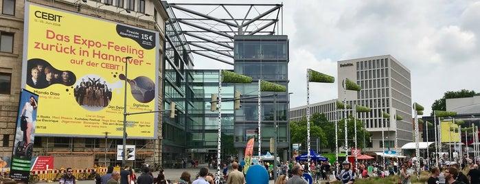 Aegidientorplatz is one of Kübra : понравившиеся места.