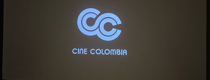 Cine Colombia Plaza Bocagrande is one of Lieux qui ont plu à Ricardo.