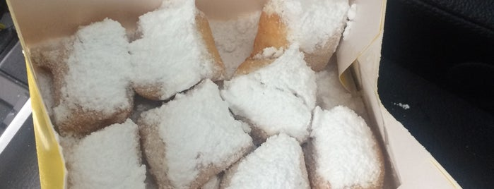Mr. A's Beignets is one of Ericさんのお気に入りスポット.