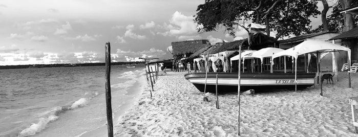Playa Blanca is one of cartagena.