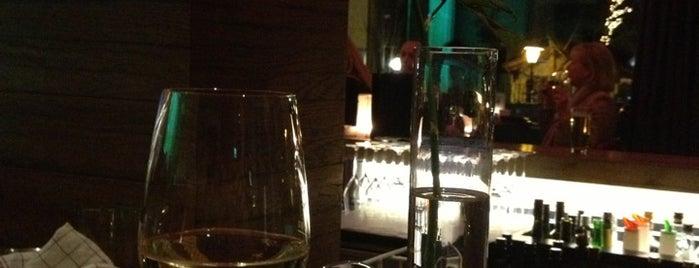 Reisch Bar is one of Larasati 님이 좋아한 장소.