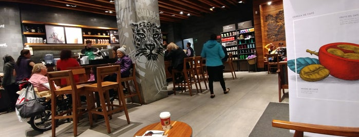 Starbucks is one of Miguelさんのお気に入りスポット.