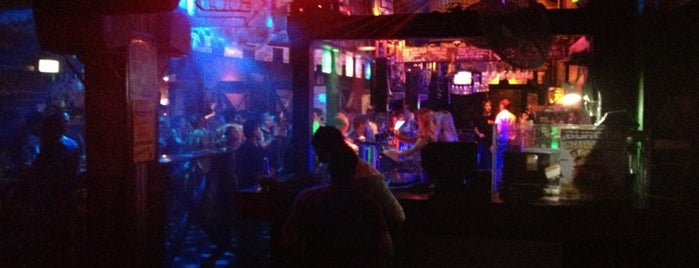 Down Under Bar & Grill is one of Brisbane.