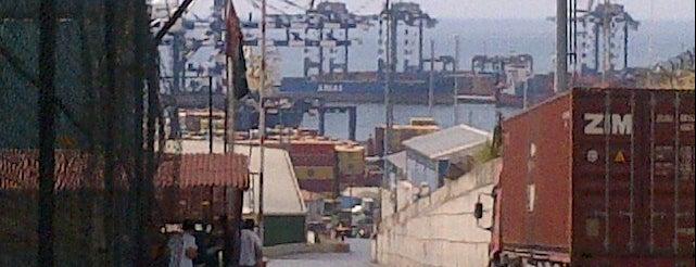 Mardaş Limani Üst Saha is one of Tempat yang Disukai Kasım.
