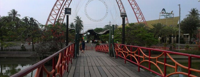 Jembatan Ancol is one of The most haunted places in Jakarta.