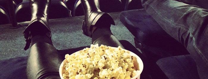 Multiplex IMAX is one of Posti che sono piaciuti a Lenyla.