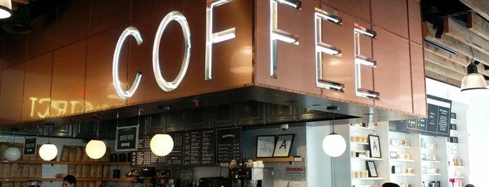 Le District Coffee is one of Lieux qui ont plu à N.