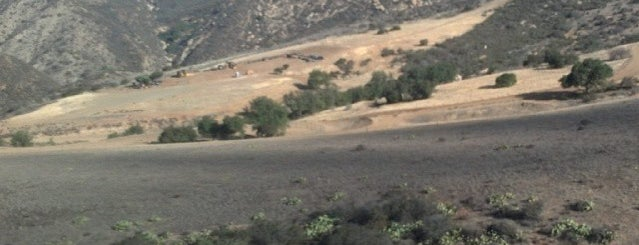 Black Star Canyon Road is one of Hiking - LA - South Bay - OC - etc..