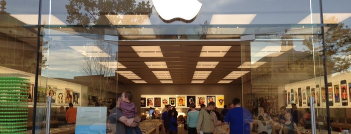 Apple Station Park is one of Apple Stores US West.