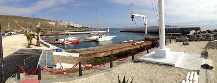 Marina Puerto Velero is one of Para almorzar y/o comer.