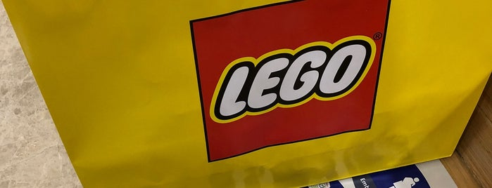 Lego Store México is one of Sandybelleさんのお気に入りスポット.