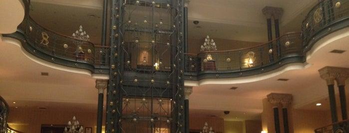 Gran Hotel Ciudad de México is one of Alojamiento.