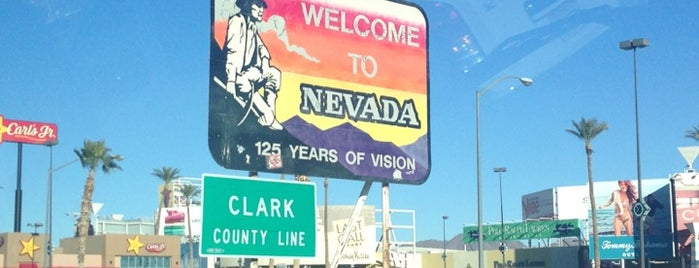 California/Nevada State Border is one of Cindy : понравившиеся места.