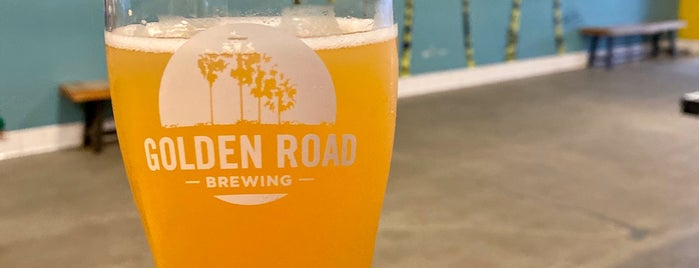 Golden Road Brewery is one of ashley may 님이 좋아한 장소.
