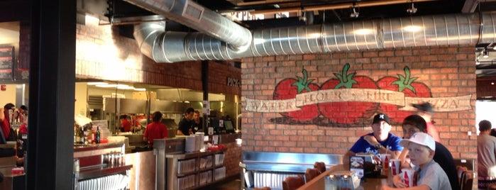 Toppers Pizza Place is one of Jeff'in Beğendiği Mekanlar.