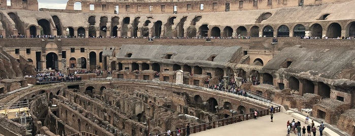 Colosseo is one of Tempat yang Disukai Дарина.