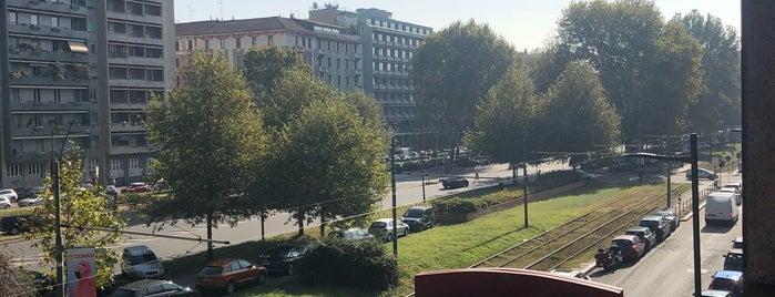 Hotel Nasco is one of สถานที่ที่ Дарина ถูกใจ.