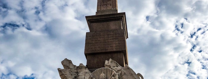 Fontana dei Quattro Fiumi is one of สถานที่ที่ Дарина ถูกใจ.