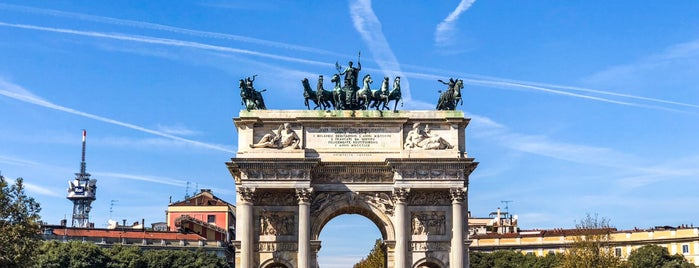 Arco della Pace is one of Tempat yang Disukai Дарина.
