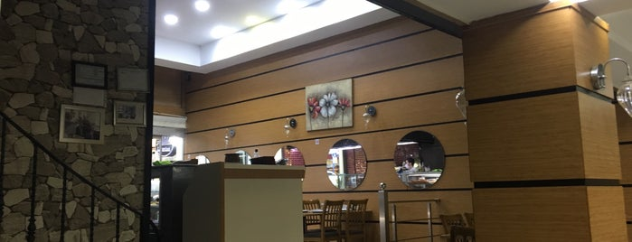 Alila Restaurant is one of Lieux qui ont plu à Halil G..