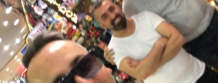 Bay şapkacı&poseidon küçük mutluluk dükkanı is one of Tükkanlar 👒👗👓.