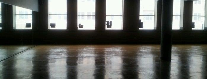 CorePower Yoga is one of สถานที่ที่ Kate ถูกใจ.
