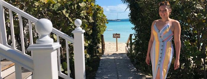 Highborne Cay, Bahamas is one of สถานที่ที่ Yoli ถูกใจ.