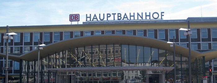 Bochum Hauptbahnhof is one of Bahnhöfe besucht !.