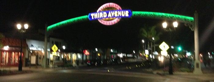 Third Ave Sign is one of Tempat yang Disukai Epic.