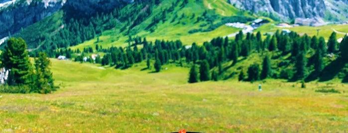 Jimmy's Hütte (2287m) is one of Val Gardena.