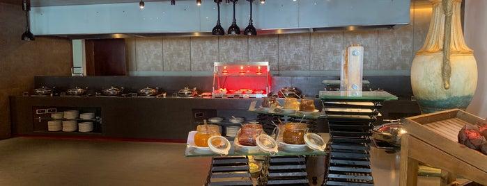 Kempinski - Obelisk Restaurant is one of Alan 님이 좋아한 장소.