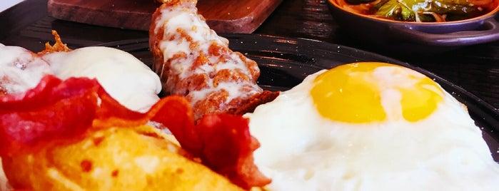 Jaxson's Chicken & Waffles is one of Orte, die Giovo gefallen.